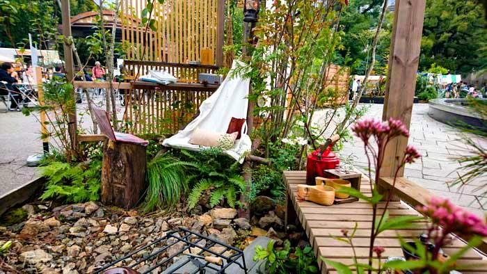 庭キャンプをテーマに「食べて働いて寝る庭」と題してガーデンコンテストに出品した作品の写真
